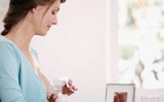 Как пользоваться молокоотсосом: ручным с грушей, электрическим — инструкция