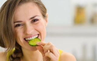 Можно ли соленые огурцы при грудном вскармливании: диета кормящей мамы