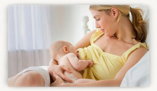 Массаж груди при кормлении: как правильно разминать молочные железы при лактации
