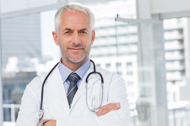 Лейкопения (лейкоциты в крови понижены): что это такое, причины, симптомы и лечение