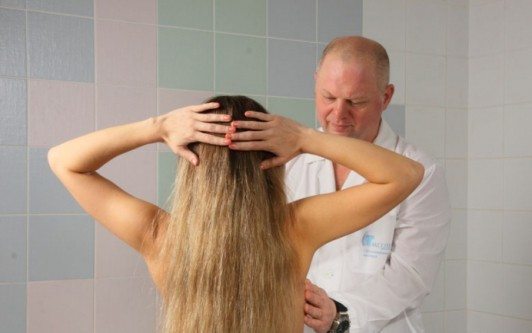 Болят грудные железы: причины боли в груди и сосках при прикосновении и нажатии