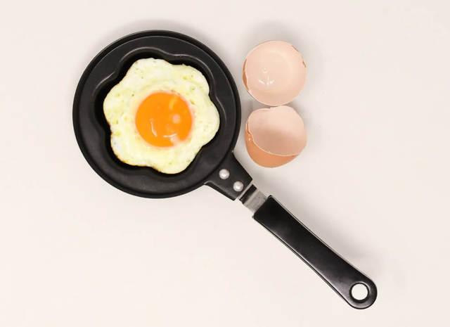 Можно ли яйца при грудном вскармливании: что кушать кормящей маме при ГВ