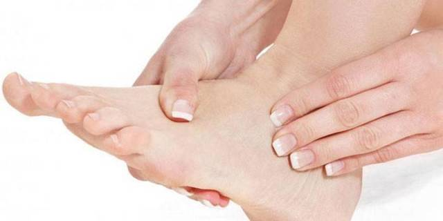 Тромб в ноге: симптомы и первые признаки, лечение чем он опасен для жизни