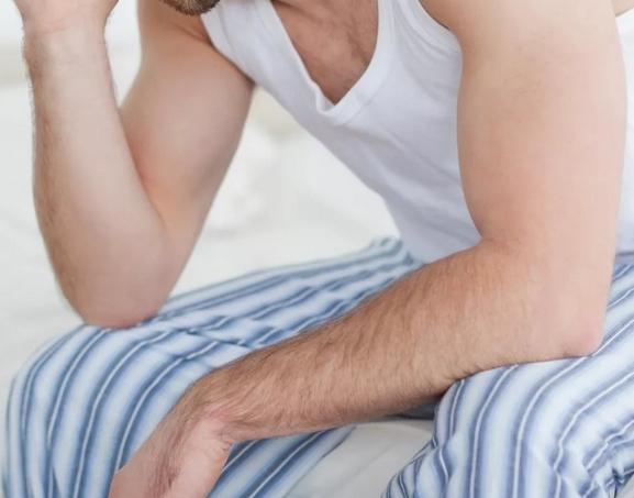 Можно ли кормить грудью при отравлении: что делать, если кормящая отравилась