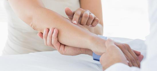 Лимфостаз руки после удаления молочной железы: лечение отека, гимнастика