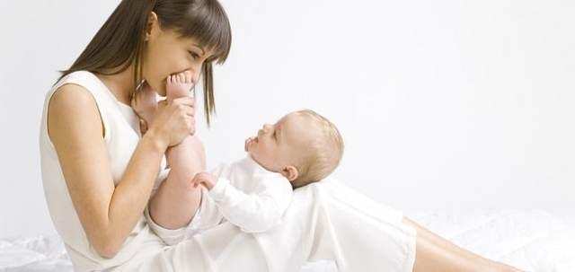 Чем лечить молочницу при грудном вскармливании: свечи, лекарства и народные средства