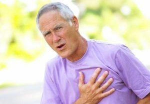 Боль в сердце при вдохе: что это может быть, причины и что делать