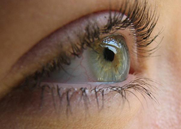 Ангиопатия сетчатки: что это такое, симптомы, лечение и последствия