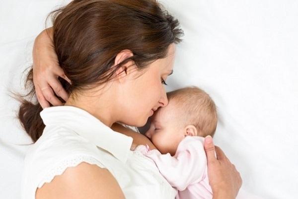Активированный уголь при грудном вскармливании: можно ли пить кормящей маме