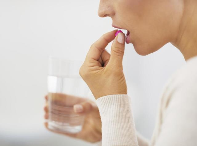 Парацетамол при грудном вскармливании: можно ли принимать кормящей