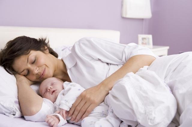 Успокоительное при грудном вскармливании: какое пить можно кормящей маме