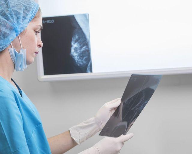 Маммография молочных желез: что такое, как делают, расшифровка результатов