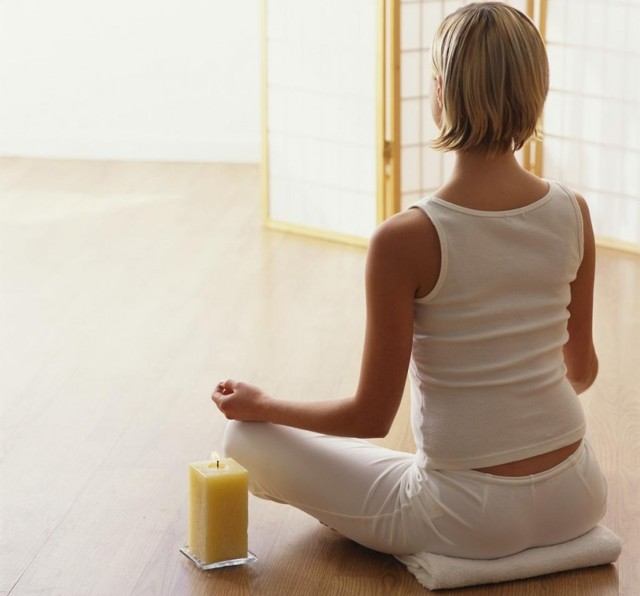 Упругая грудь - как сделать в домашних условиях: упражнения, народные средства