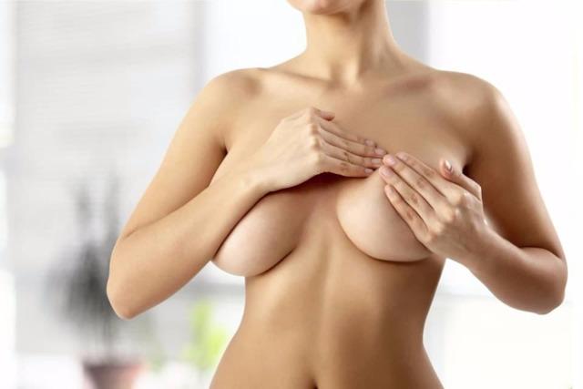 Когда начинает болеть грудь при беременности и другие изменения молочных желез