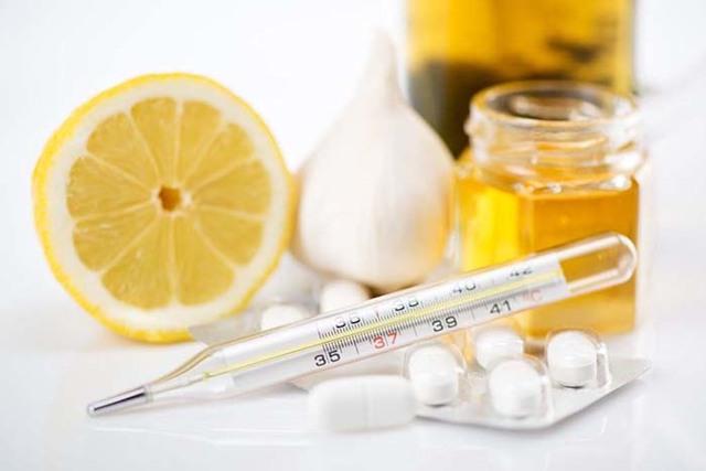Противовирусные препараты при грудном вскармливании: что принимать кормящим мамам