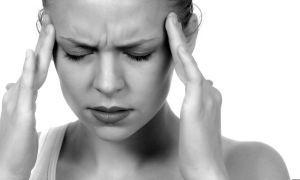 Признаки инсульта у женщины: симптомы и первая помощь