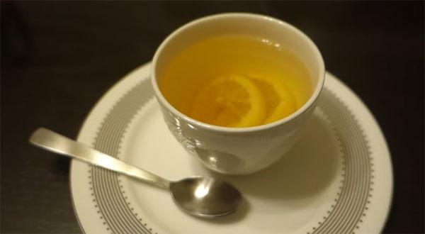Можно ли лимон при грудном вскармливании: полезный продукт для кормящей мамы