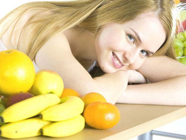 Бананы при грудном вскармливании: можно ли кормящей маме их употреблять