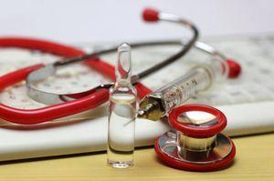 Признаки инфаркта у мужчин: симптомы первой и острой фазы, как распознать и помочь