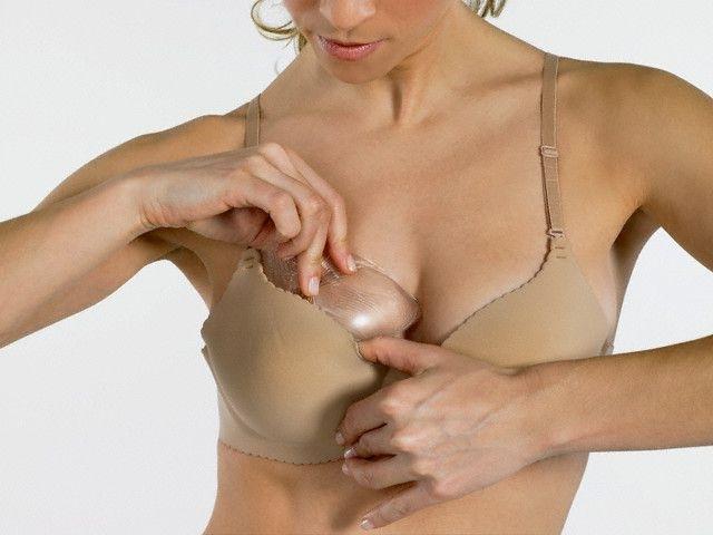 У меня маленькая грудь: почему и что делать; преимущества небольшой груди